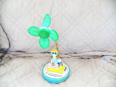 Hallmark Maxine Floyd Only Workin' For The Vacation Money Palm Tree Fan WORKS