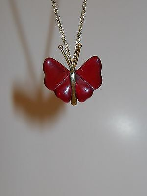 """Vintage Avon Gold Tone Necklace Red Art Glass Butterfly Pendant 16"""" Chain NR"""