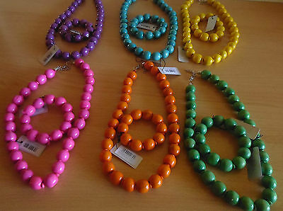 "wooden necklace sets in 6 colours size 18"" + 1.50"" extention bracelet elasticate"