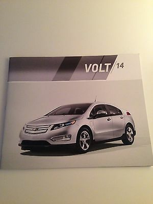 2014 Chevy Volt 32-page Original Sales Brochure