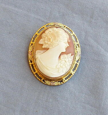 Vintage Deco Carved Cameo Multi Color Gold Setting