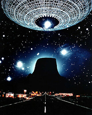 Close Encounters of the Third Kind [1019815] 8x10 photo (other sizes available)