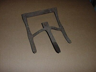Antique Primitive Iron Garden Tool 3 Tine Digger Disc ? Very Old