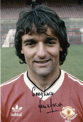 Manchester United Hand Signed Lou Macari Photo 12x8 2.
