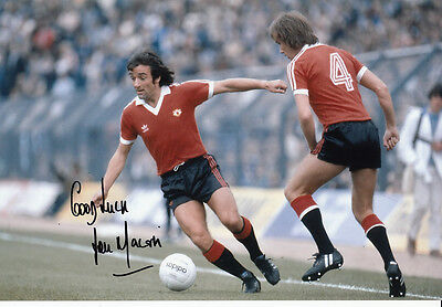 Manchester United Hand Signed Lou Macari Photo 12x8 3.