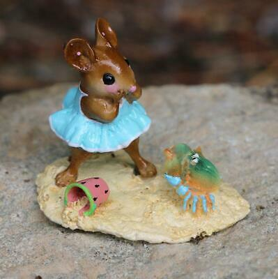 Wee Forest Folk Miniature Figurine M-485 - Skitterish