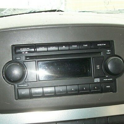 05 06 07 JEEP GRAND CHEROKEE RADIO ___ CD PLAYER, SINGLE DISC, REF ON FACE