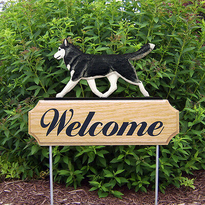 Siberian Husky Dog Breed Oak Wood Welcome Outdoor Yard Sign Black/White
