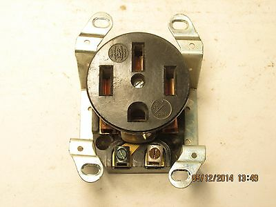 H&H 14-50R straight blade off-center 30a 125/250v 3p 4w grounding receptacle