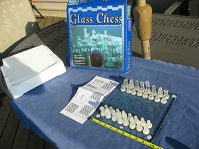 Elegant Glass Chess Set W/ Glass Board Complete Nice Condition! & Complete