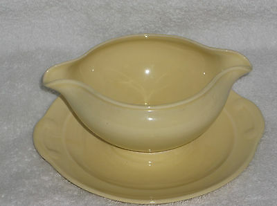 T.S.& T. LuRay Pastel Sunny Yellow Gravy Sauce Boat with Attached Base Plate
