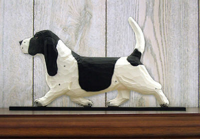 Basset Hound Dog Figurine Sign Plaque Display Wall Decoration Black/White