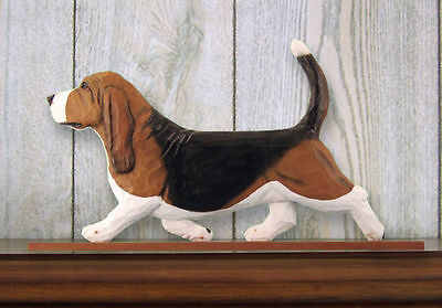 Basset Hound Dog Figurine Sign Plaque Display Wall Decoration Tri