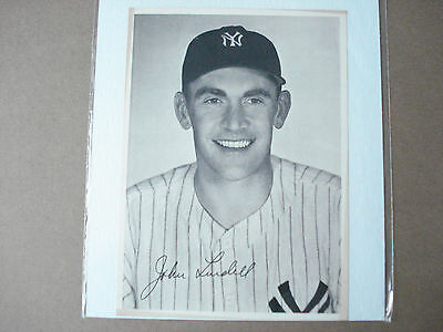 1947 John Lindell Original Team Issued NY Yankees 6.5 x 9 Photo Rare Vintage