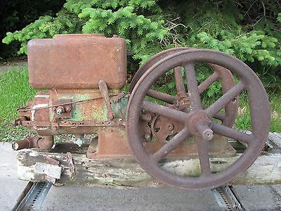 A 1922 John Deere Waterloo Boy 3HP Model H Hit & Miss Old Gas E Engine D B
