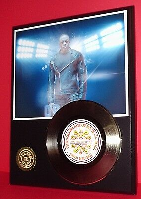 Dr Dre Limited Edition Gold 45 Record Display