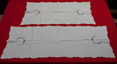 VINTAGE LOT OF 2PC WHITE LINEN TABLE RUNNER DRESSER SCARF FLORAL EMBROIDERY