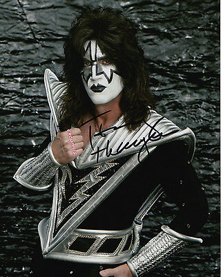 KISS TOMMY THAYER signed 8x10 photo  RP