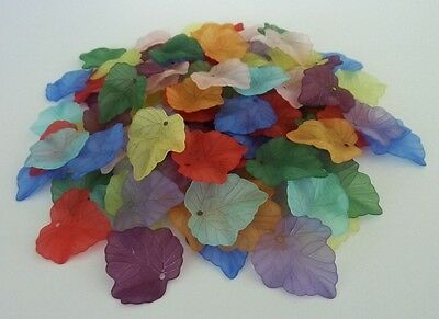 80 pce Frosted Acrylic Autumn Leaf Beads / Pendants 24mm x 22mm