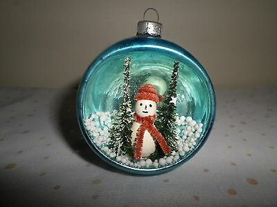 VINTAGE Winter Snowman Scene Diorama Indent Christmas Ornament 2.75""