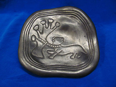 Vintage MEXICO OAXACA  Hand Crafted  POTTERY FOOTED  DISH WITH UNUSUAL ENGRAVING