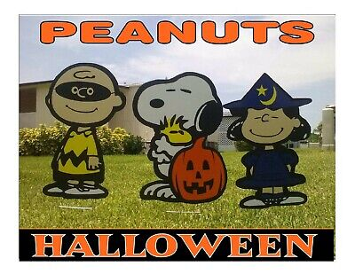 Peanuts Charlie Brown Great Pumpkin Halloween Yard Art Decorations