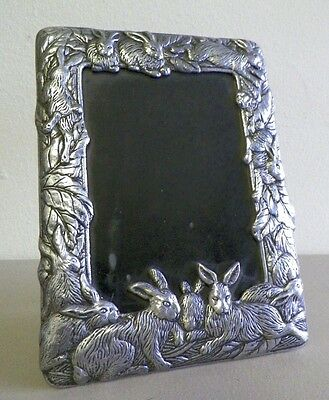"""ARTHUR COURT 2008 METAL RABBIT TABLE PICTURE FRAME GUC 8"""" BY 5 ½"""""""
