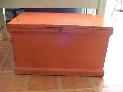 painted  pine C19th carpenters work/tool box with a mahogany fitted interior