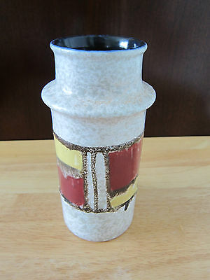 VINTAGE MADE IN GDR (EAST GERMANY) #3092/C POTTERY VASE 8 inches high