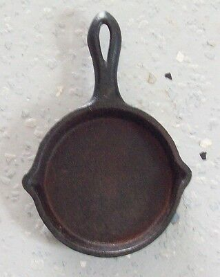 Cast Iron Skillet/ Ashtray/Mini cast iron skillet