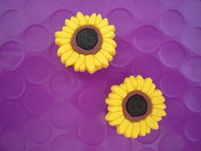 Jibbitz Croc Clog Shoe Plug Charm 2 Sun Flower Fit Bracelet Holey Accessories