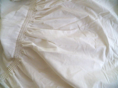 """VintageTwinSz.Dust Ruffle-West Pt.Pepperell-White Cotton w/14"""" ruffle-great cond"""