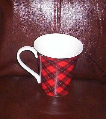 222 Fifth Christmas  Plaid Cups Mugs New S/6 NWT