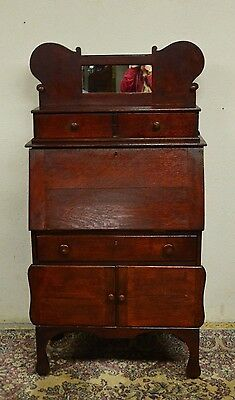 Antique Solid Oak Arts and Crafts  Secretary Desk with drawers