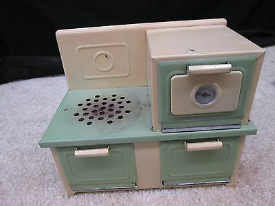 VINTAGE TOY WORKING ELECTRIC STOVE