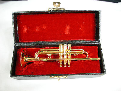"Dollhouse Miniature 1:6 Scale Heidi Ott  Music  New  2.5"" Trumpet #XZ326"