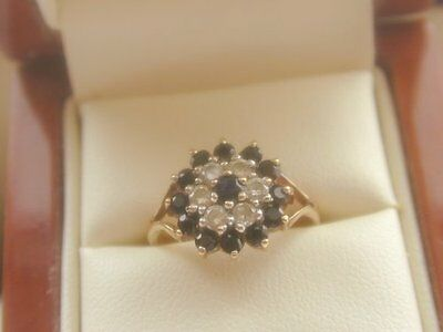 Beautiful Fully Hallmarked Ladies Vintage 9Ct Gold Sapphire Cluster Ring