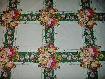 GORGEOUS VINTAGE ROWS OF FLORALS PETUNIAS TABLECLOTH  WOW!!