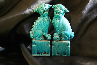 Antique Chinese pocelain foo dogs
