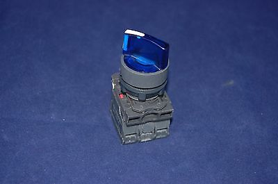 22mm ILLUMINATED Selector switch 3 Position Fits BLUE XB5AK136B5 24V Maintained