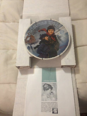 VINTAGE 1982 KNOWLES NORMAN ROCKWELL CHRISTMAS COURTSHIP FINE CHINA PLATE DISH
