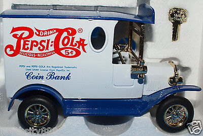 Pepsi-Cola Collectable Toy Car Bank Edition Die Cast Metal White Gold 1998 J384