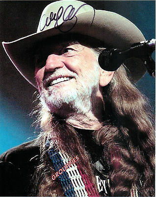 """Willie Nelson  SIGNED 8""""X10"""" PHOTO RP"""