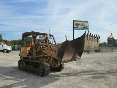 Case 855D Crawler/loader W/ 4&1 Bucket