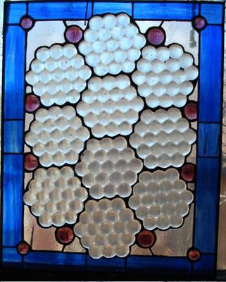 LEADED GLASS WINDOW  Hand Blown Glass ANTIQUE ARTS & CRAFTS Honey Comb XCL COND