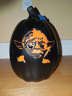 NWT Star Wars Yoda Black Jack-O-Lantern Light Up Pumpkin Electric