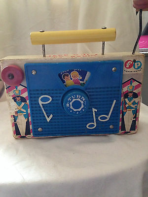 VINTAGE Fisher-Price MUSIC BOX TV RADIO 1962 #148 Jack and Jill Wind-Up