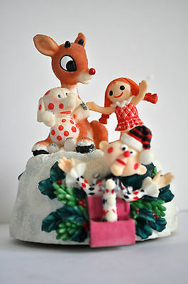 Enesco Rudolph The Red-Nosed Reindeer Misfit Toys Figurine Music Box Retired