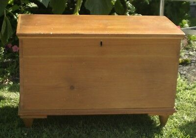 primitive antique Pennsylvania dowry chest dovetailed corners