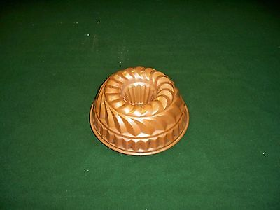 Great Antique Vintage Copper Tin Lined Round Mold Geometric Design From England